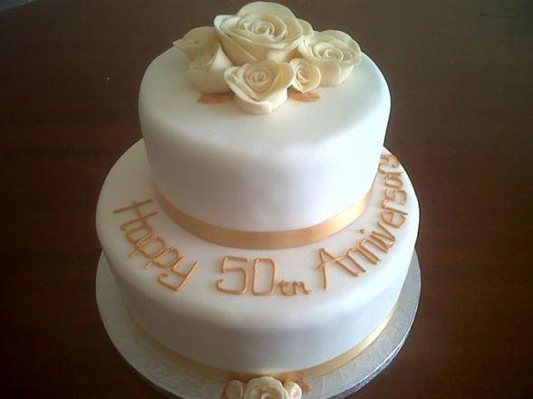 Bronze & Cream Roses Anniversary Cake Benidorm