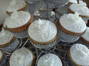 Elegant wedding cupcake tower designs costa blanca benidorm